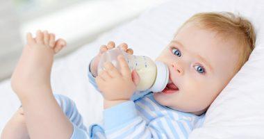 Những cách giúp cho trẻ bú bình, hiệu quả và nhanh chóng